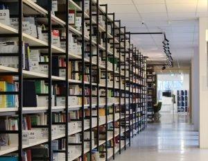 bibliotheque à saint germain boucles de seine