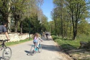 balades à vélo sur les bords de seine entre Chatou et Croissy-sur-Seine, suivez l'Avenue Verte
